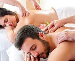 best sandwich massage delhi